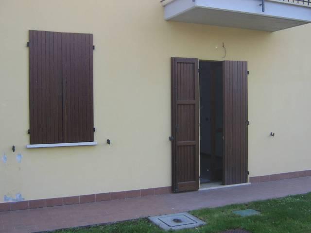 Appartamento in buone condizioni arredato in affitto Rif. 7336958