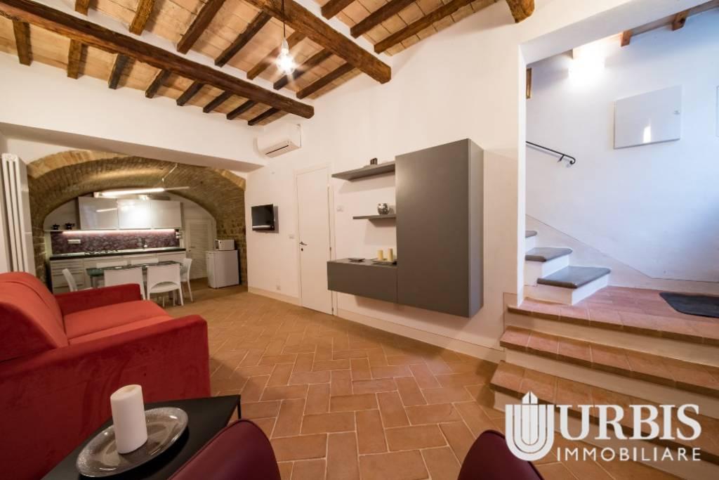 Appartamento in vendita a Assisi, 3 locali, prezzo € 220.000 | CambioCasa.it