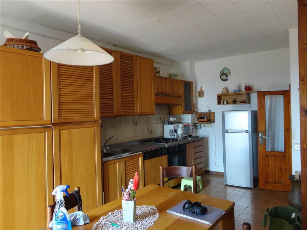 Appartamento in buone condizioni arredato in vendita Rif. 7347464