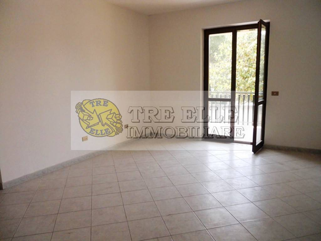 Appartamento in buone condizioni in vendita Rif. 7348984