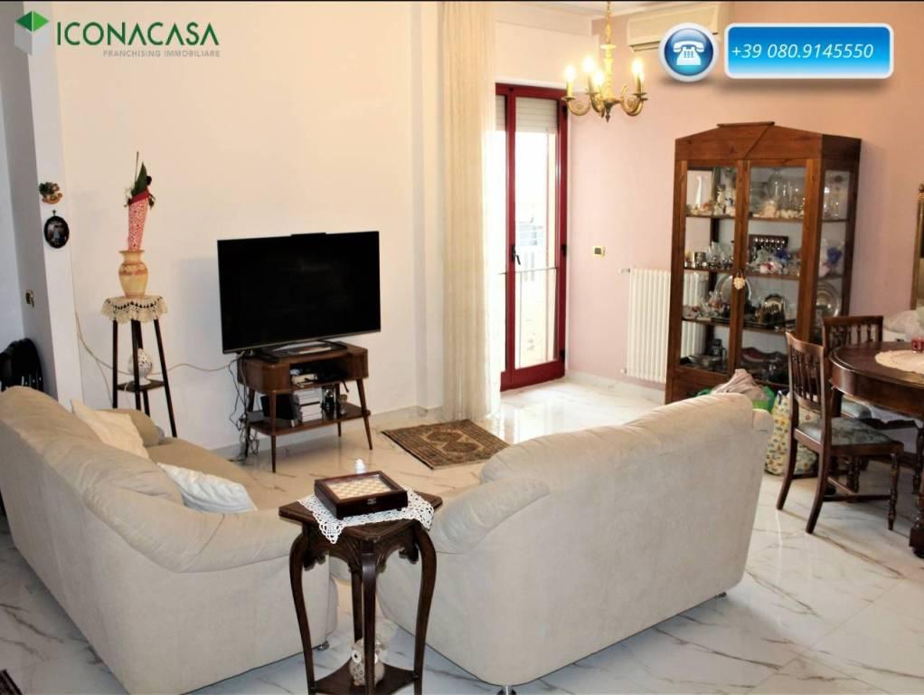 Appartamento in ottime condizioni in vendita Rif. 7350332