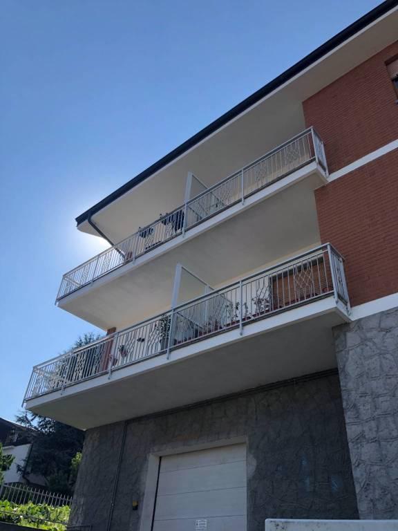 Appartamento in ottime condizioni in affitto Rif. 7345677