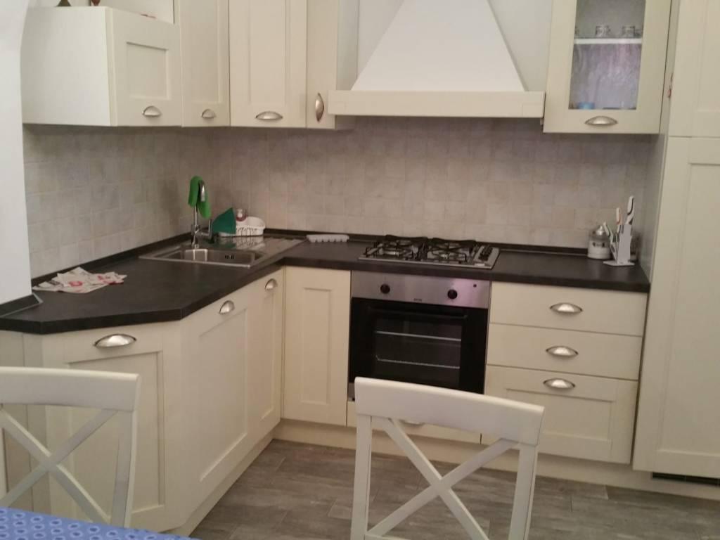 Appartamento in ottime condizioni arredato in vendita Rif. 7350131