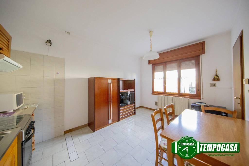 Appartamento in buone condizioni in vendita Rif. 7218570