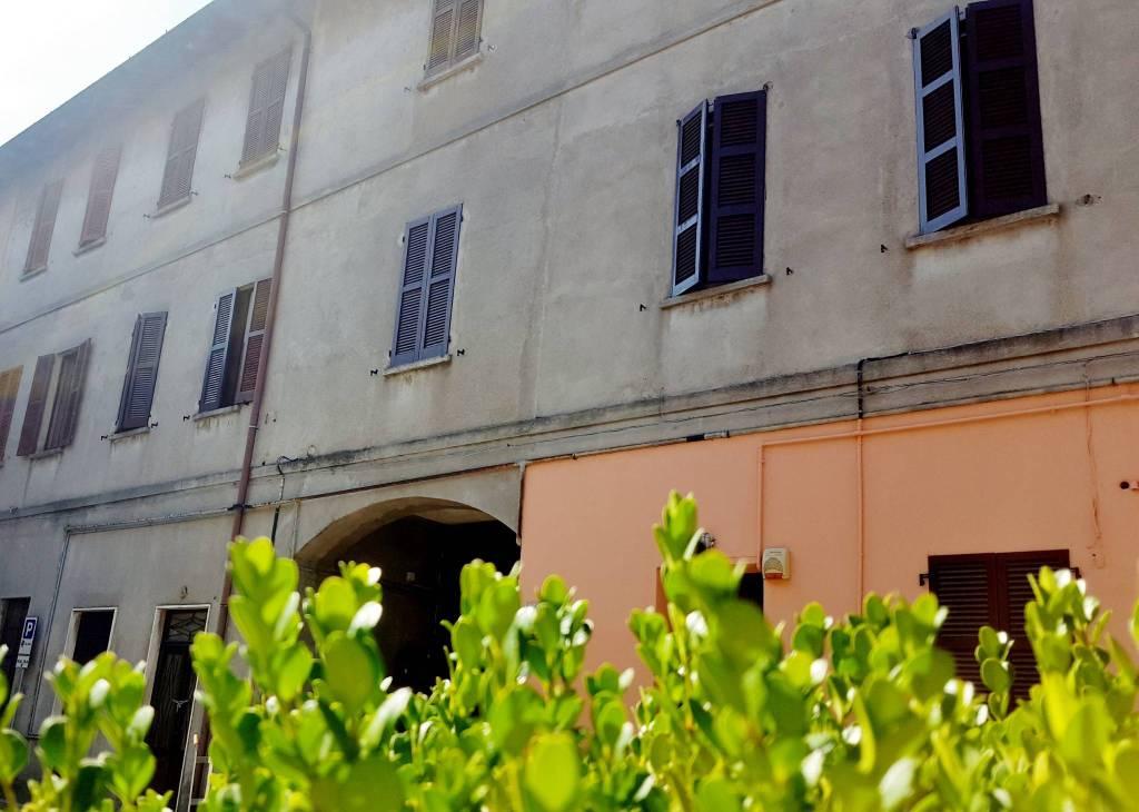 Appartamento in buone condizioni in vendita Rif. 7347956