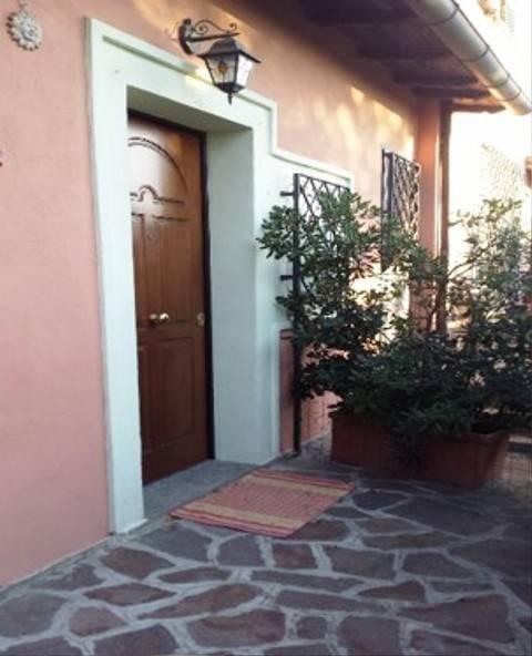 Appartamento in ottime condizioni arredato in affitto Rif. 7349445