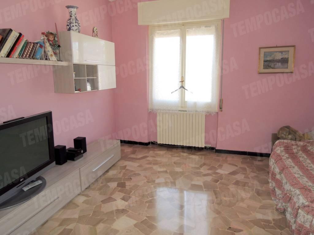 Appartamento in buone condizioni arredato in vendita Rif. 7347764