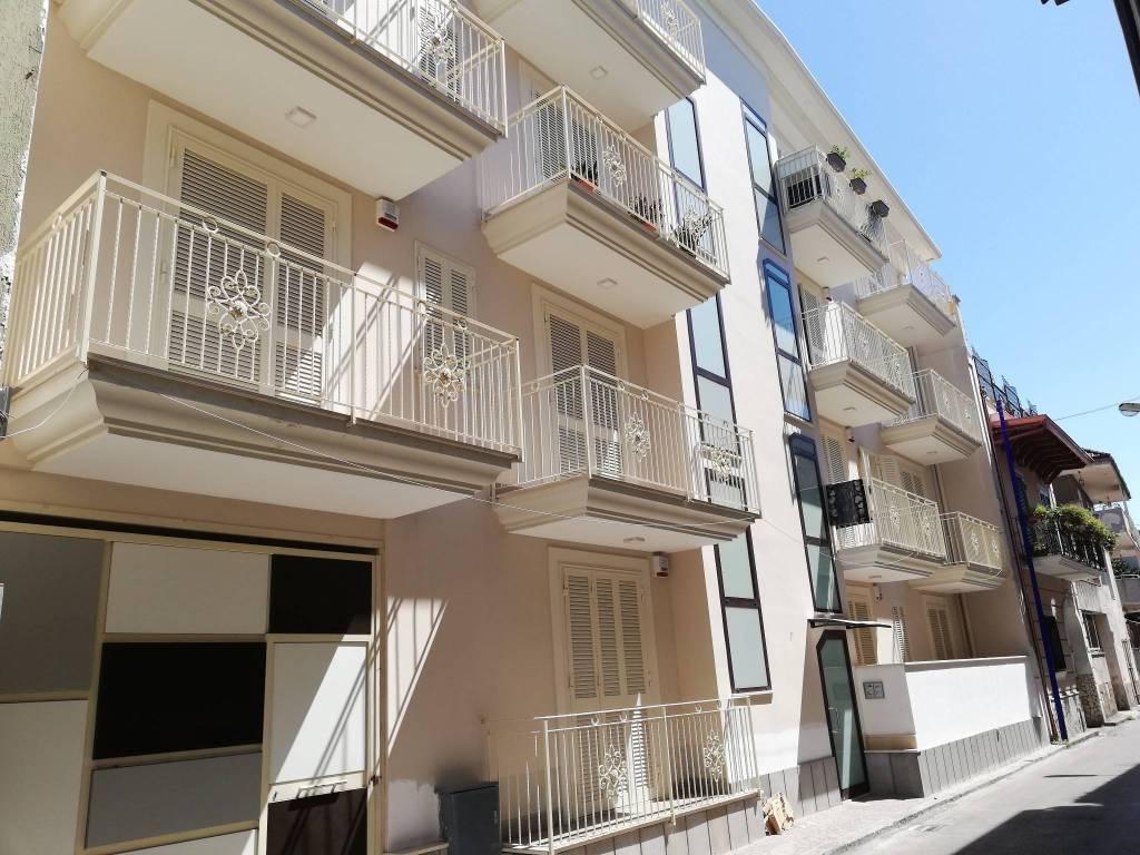 Appartamento in vendita Rif. 6123338