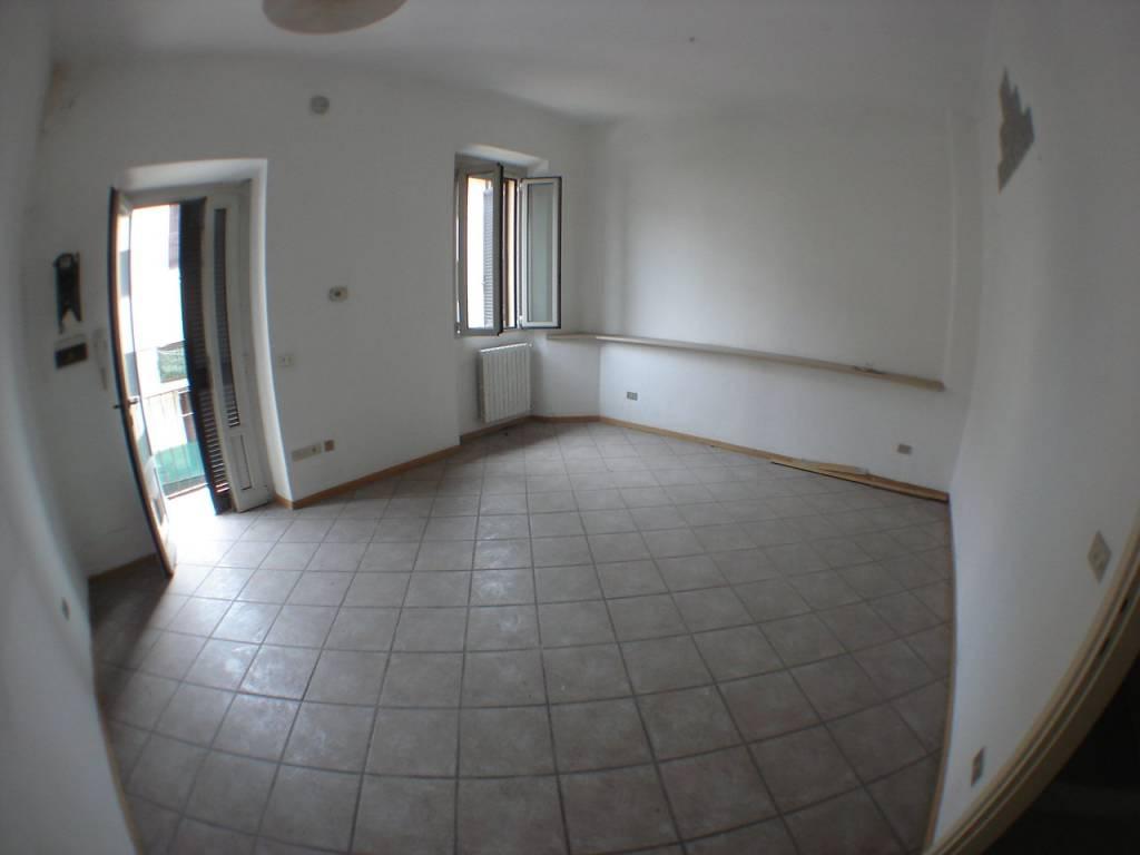 Appartamento in buone condizioni in vendita Rif. 7347180