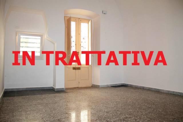 Appartamento in buone condizioni in affitto Rif. 6838552