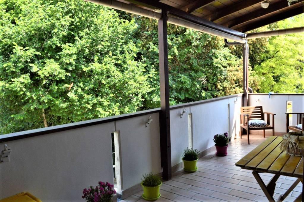 Appartamento in ottime condizioni in vendita Rif. 8133024