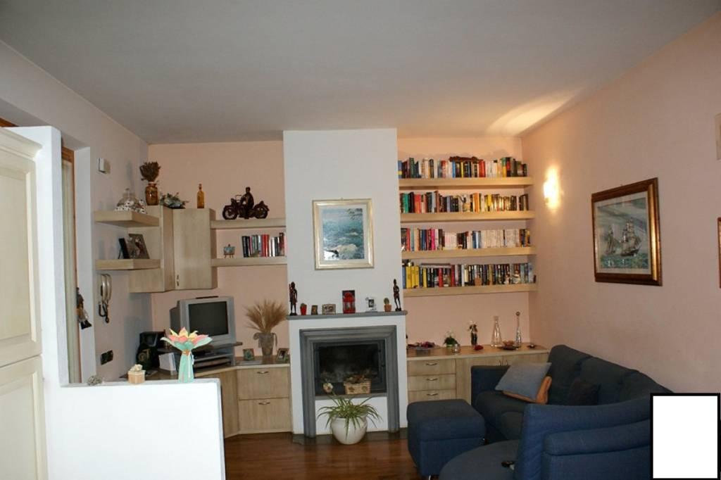 Proponiamo appartamento in via del Casalino a Poggibonsi.