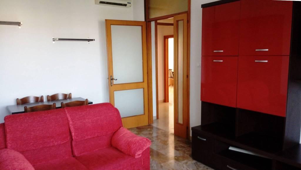 Appartamento in Affitto a Bologna Semicentro Est: 3 locali, 80 mq