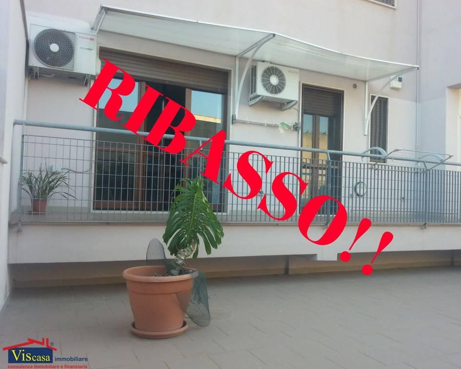Appartamento in ottime condizioni in vendita Rif. 6947214