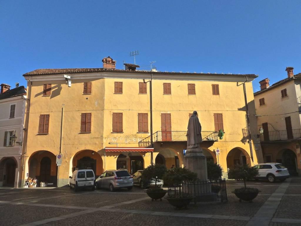 Appartamento in vendita a Bene Vagienna, 11 locali, prezzo € 155.000 | PortaleAgenzieImmobiliari.it