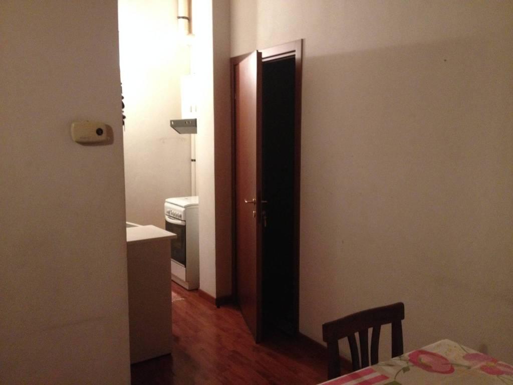 Appartamento in buone condizioni arredato in affitto Rif. 7365443