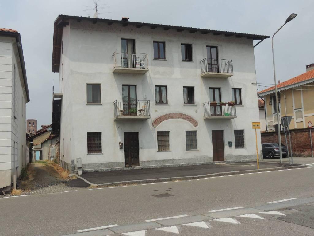 Appartamento in ottime condizioni in vendita Rif. 7361195