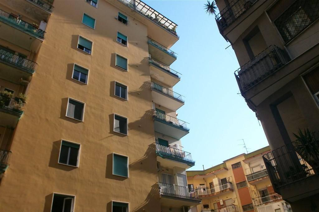 Appartamento da ristrutturare in vendita Rif. 7364185