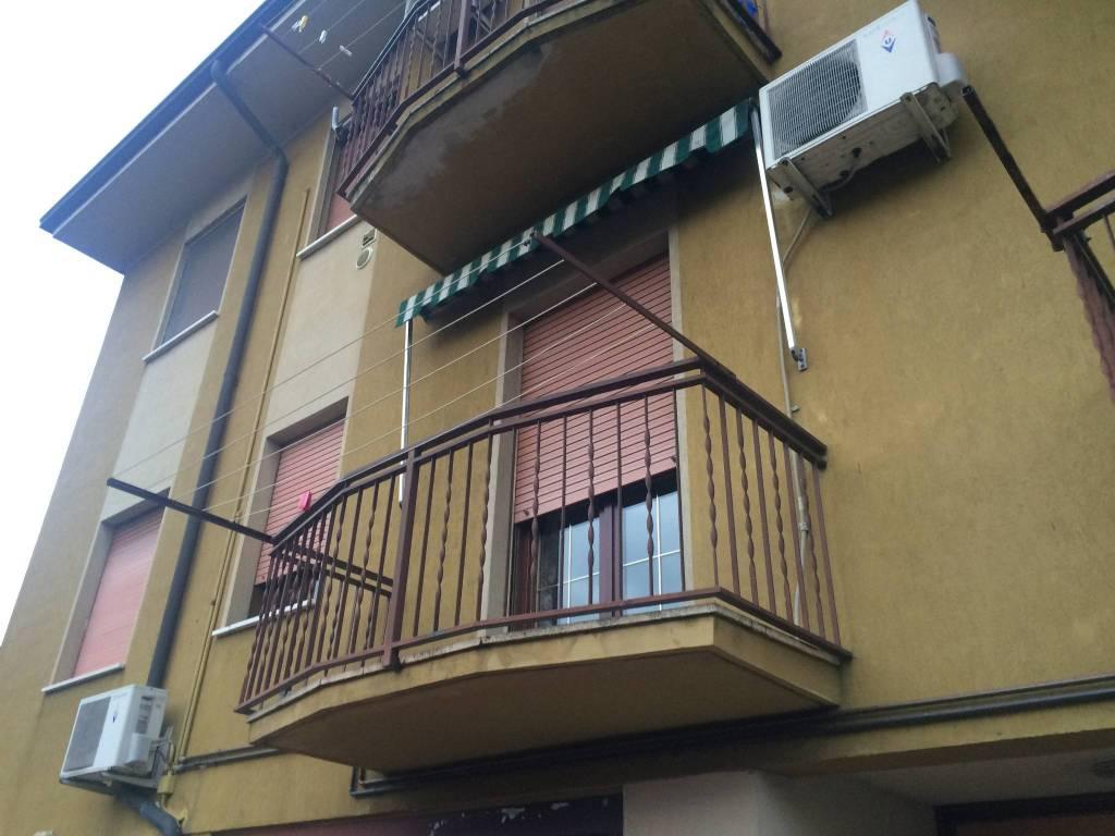 Appartamento in buone condizioni in vendita Rif. 5541990