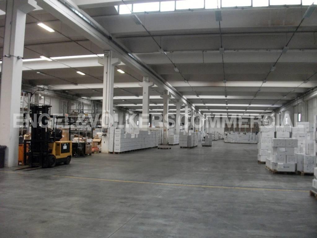 Capannone in zona Industriale C.da Cerreto Miglianico (CH)