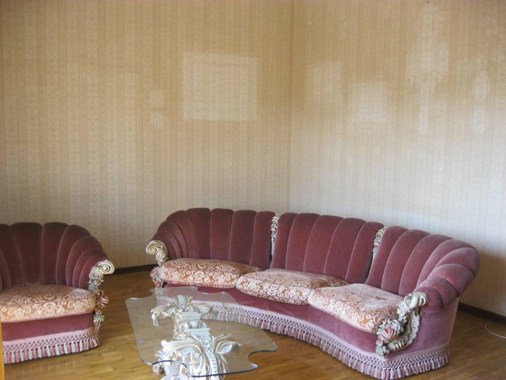 Appartamento in buone condizioni in vendita Rif. 7813624