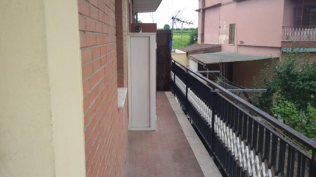 Appartamento in buone condizioni arredato in affitto Rif. 7379695