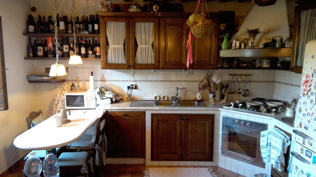 Casa Indipendente in ottime condizioni parzialmente arredato in vendita Rif. 7376807