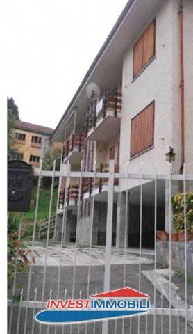 Appartamento in buone condizioni arredato in vendita Rif. 7379453