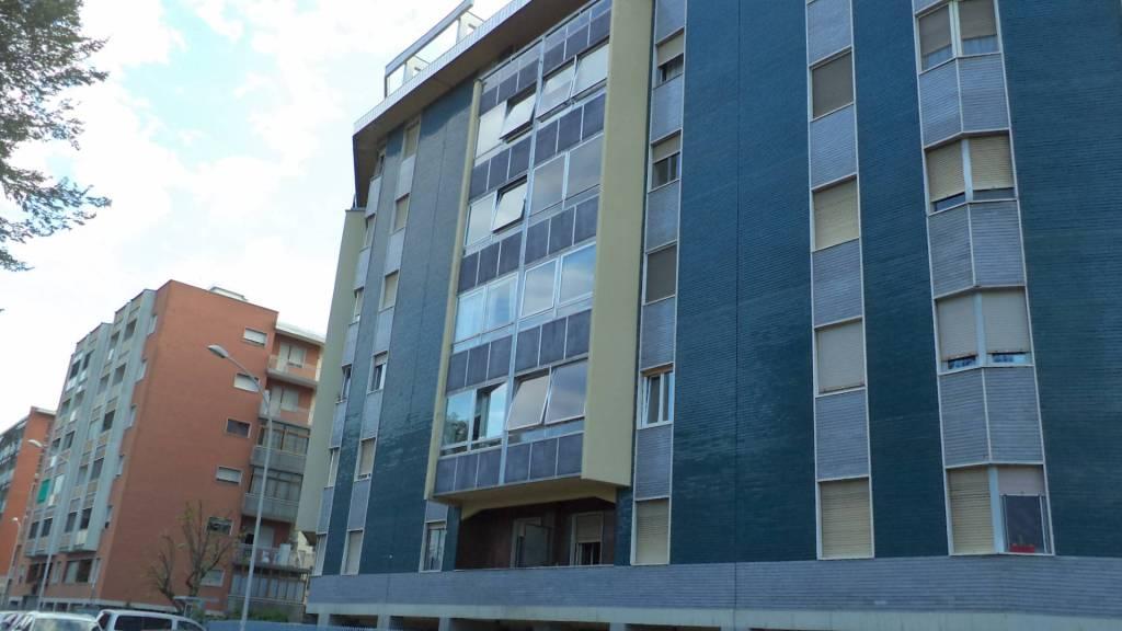 Appartamento in ottime condizioni arredato in affitto Rif. 7375921