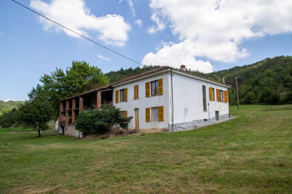 Rustico / Casale in vendita a Dego, 5 locali, prezzo € 120.000 | PortaleAgenzieImmobiliari.it