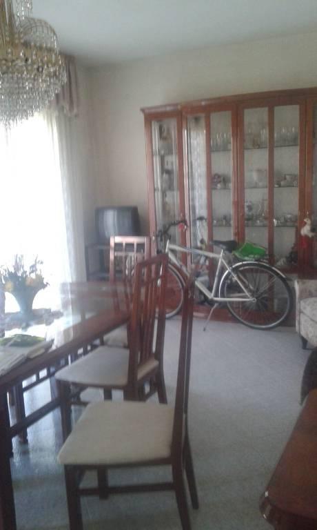 Appartamento in buone condizioni arredato in vendita Rif. 7373589