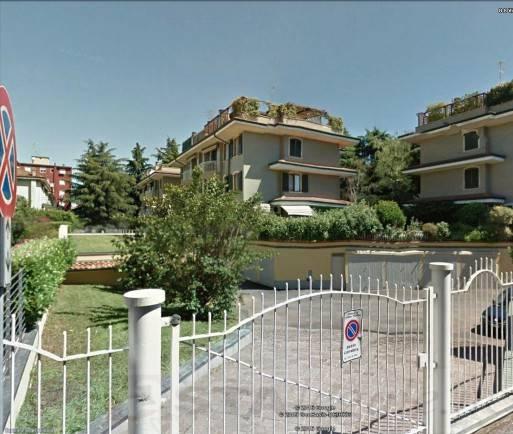 Appartamento in ottime condizioni in vendita Rif. 7379525