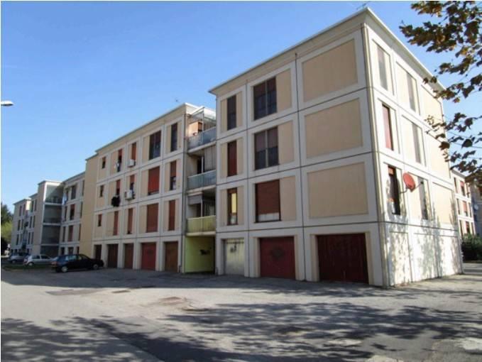 Appartamento in buone condizioni in vendita Rif. 7379527