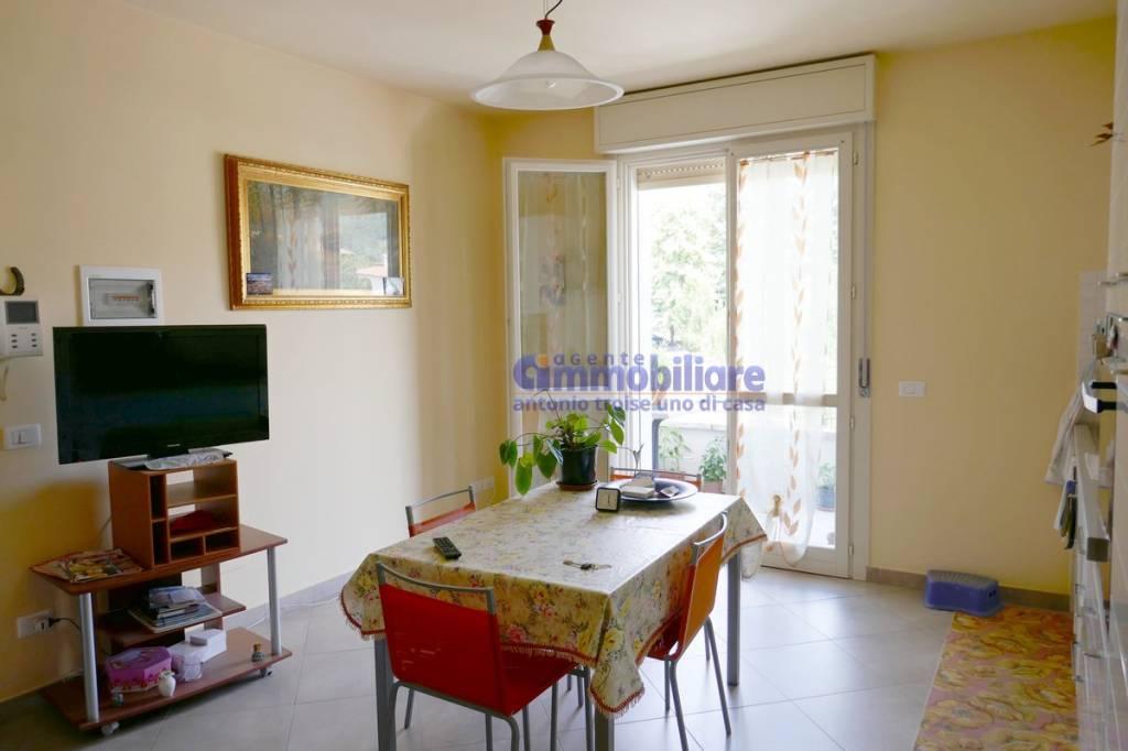 Appartamento in ottime condizioni in vendita Rif. 7373366