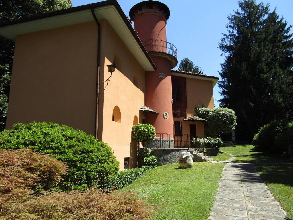 Villa in vendita a Appiano Gentile, 6 locali, prezzo € 1.950.000 | CambioCasa.it