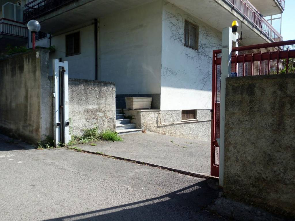 Attività / Licenza in vendita a Mercato San Severino, 1 locali, prezzo € 16.000 | CambioCasa.it