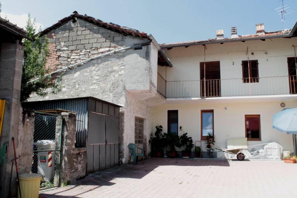 Appartamento da ristrutturare in vendita Rif. 7374933