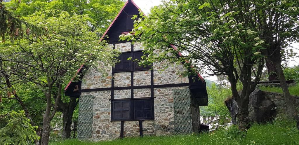 Villa da ristrutturare parzialmente arredato in vendita Rif. 7385073