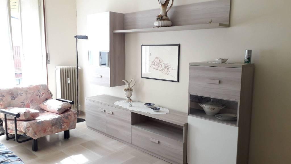 Appartamento in affitto a Santhià, 3 locali, prezzo € 370 | CambioCasa.it