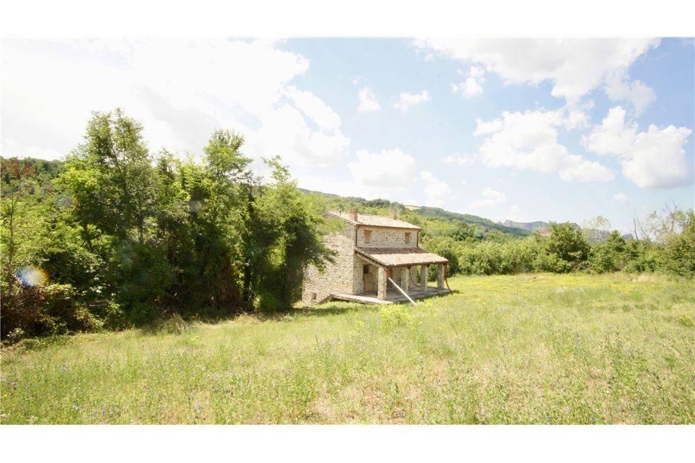 Casa indipendente quadrilocale in vendita a San Leo (RN)-4