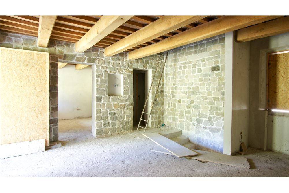 Casa indipendente quadrilocale in vendita a San Leo (RN)-10