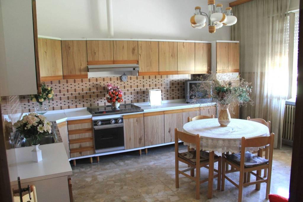 Villa in Vendita a Gatteo Periferia: 5 locali, 329 mq