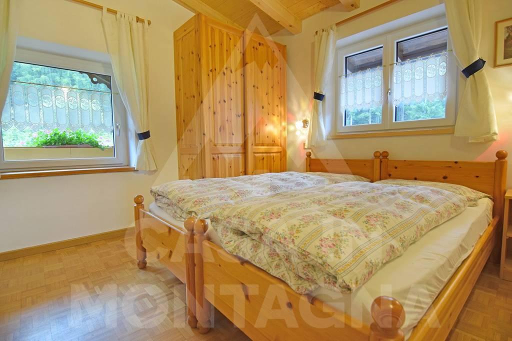 Appartamento in ottime condizioni arredato in vendita Rif. 5002443