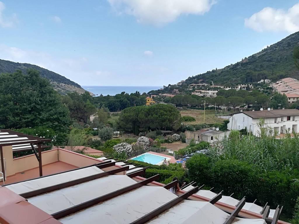 Isola d'Elba - Nisporto. Trilocali a 300 mt dalla spiaggia