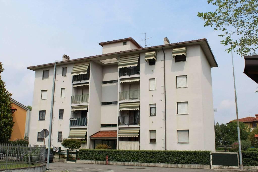 Appartamento in vendita a Ciserano, 3 locali, prezzo € 76.000 | PortaleAgenzieImmobiliari.it