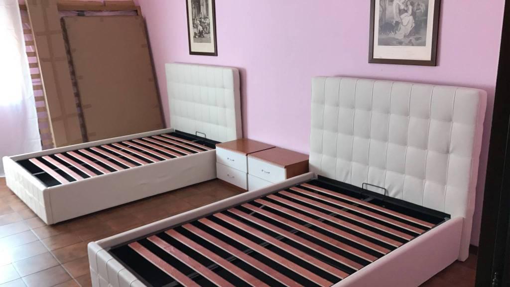 Appartamento in ottime condizioni arredato in affitto Rif. 7402649