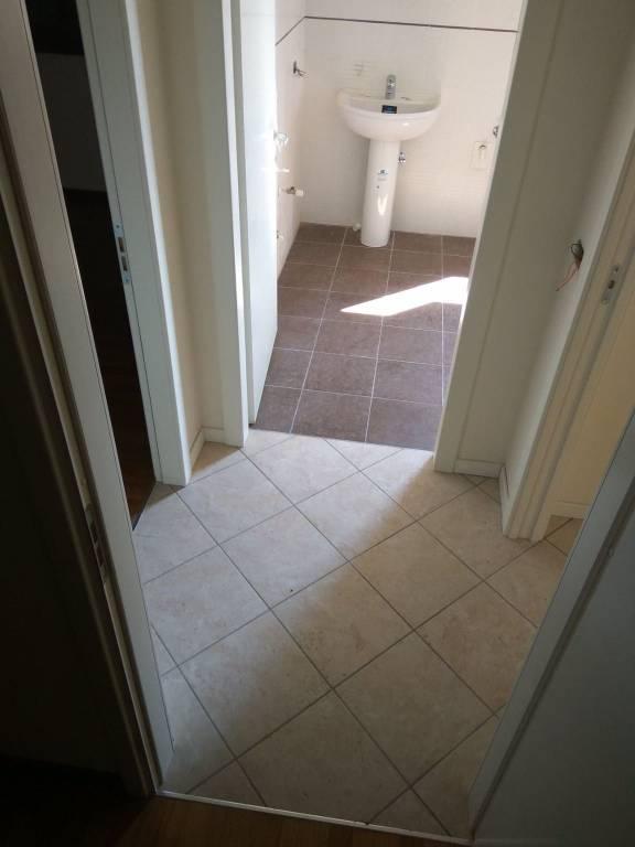 Appartamento in ottime condizioni in vendita Rif. 7768456