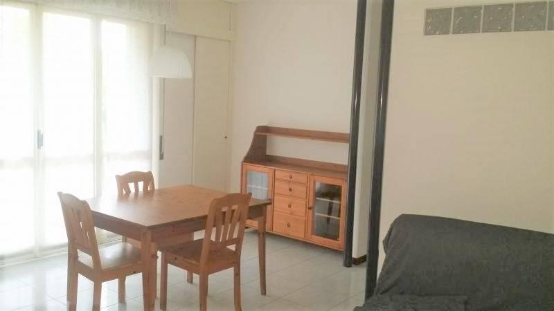 Appartamento in buone condizioni in vendita Rif. 7403485