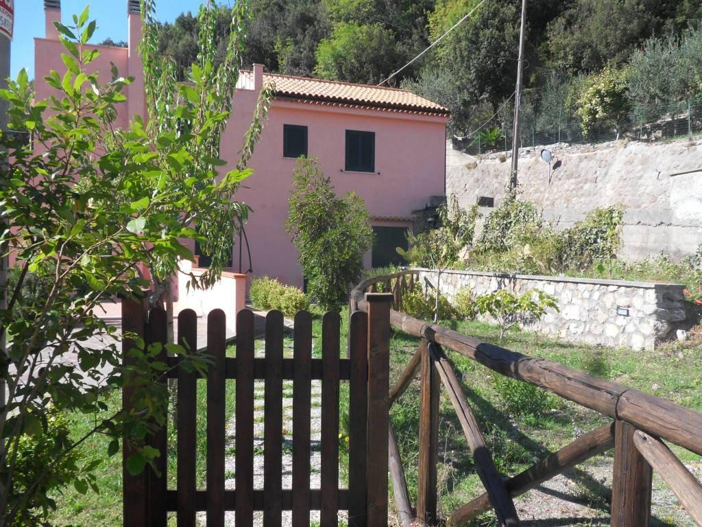 Villa bilocale in vendita a Maratea (PZ)