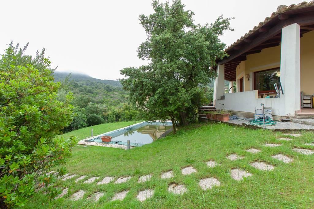 Villa in ottime condizioni in vendita Rif. 7414378